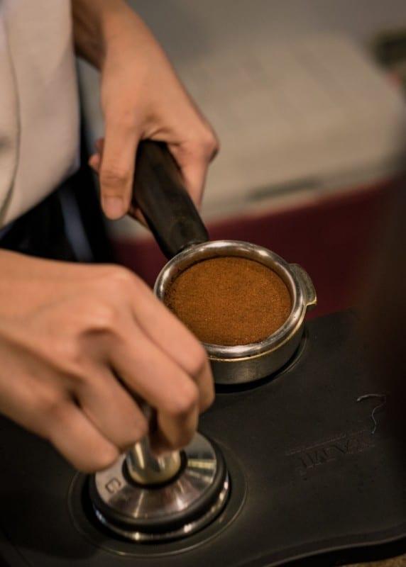 2. Grind The Coffee Bean
