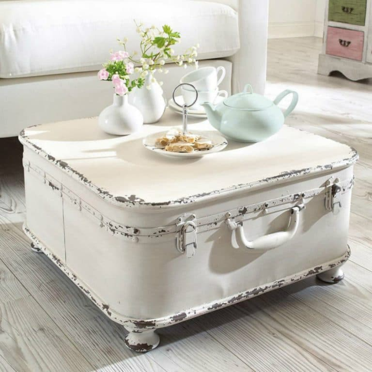 Home Interior Designs with Vintage Coffee Tables (2)