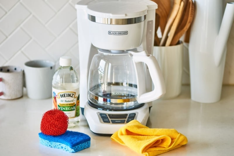 Tips To Clean Any Types of Coffee Makers Like An Expert introduction