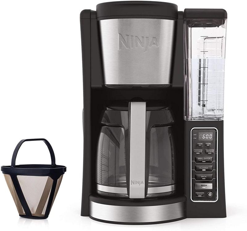 5. Ninja 12-Cup Programmable CE201 Coffee Maker
