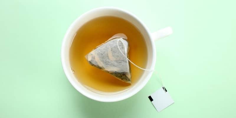 8. Benefits of green tea vs coffee on dental hygiene
